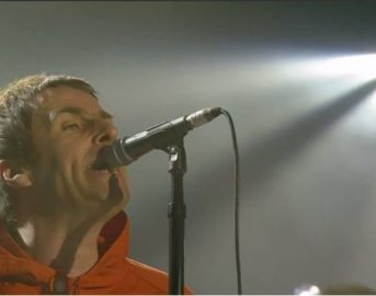 "One Love Manchester concerto, Liam Gallagher vs Noel: ""Scusatelo, è un ca**one"" (VIDEO)"