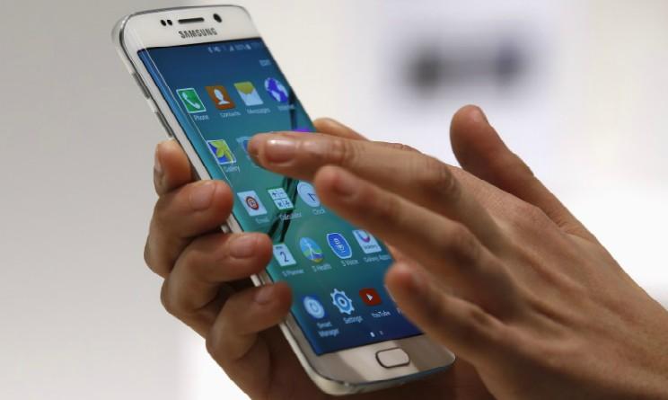 Smartphone, perdere foto e video e fonte di stress e ansia secondo uno studio