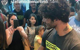 Stefano De Martino Instagram: il bacio di una donna bruna incuriosisce i fan (FOTO)