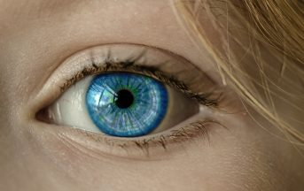 Chirurgia refrattiva: come dire addio agli occhiali correggendo i difetti della vista