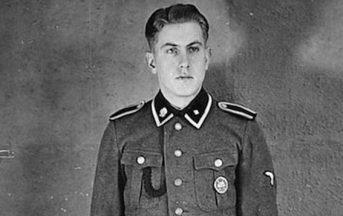 """Reinhold Hanning, SS di Auschwitz, è morto a 95 anni: la storia di uomo colpevole e banalmente """"normale"""""""