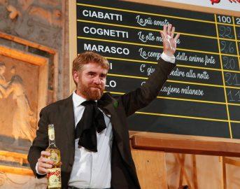 """Premio Strega 2017, il vincitore è Paolo Cognetti: grande trionfo per il romanzo """"Le otto montagne"""""""