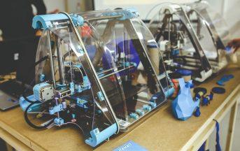 """Stampa 3D, dalla medicina ai trasporti ma non solo: il """"fai da te"""" tecnologico potrebbe minare l'industria dei giochi"""