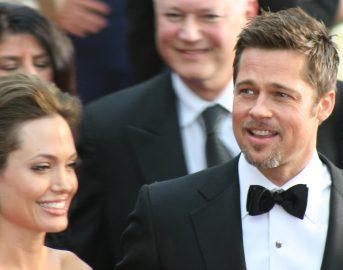 """Angelina Jolie torna a parlare dopo la separazione da Brad Pitt: """"Mi hanno salvata i miei figli"""""""