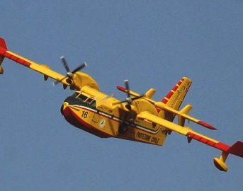 Trapani, divampa rogo nella Riserva dello Zingaro: fiamme da 24 ore