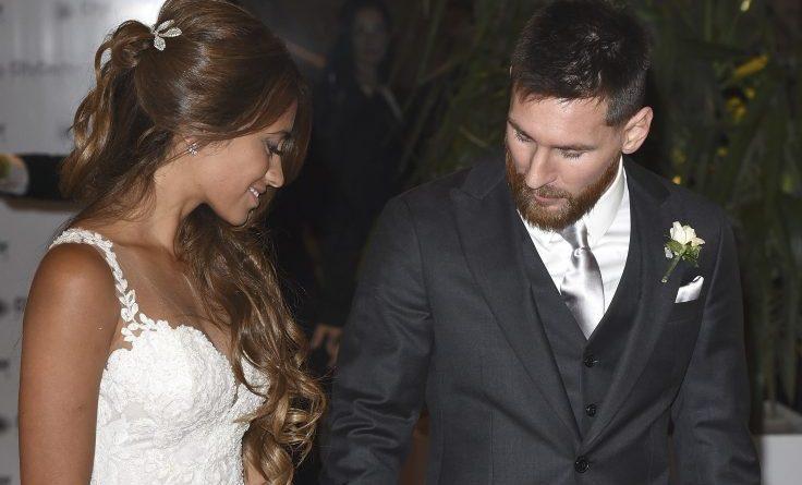 Matrimonio Messi : Leo messi matrimonio la pulce sposa antonella ecco chi c