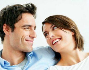 Piacere tra le lenzuola: quante volte a settimana per essere felici? Lo svela uno studio