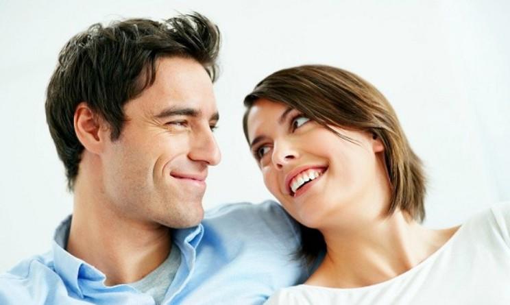 Piacere tra le lenzuola, quante volte bisogna farlo per essere felici, uno studio lo svela