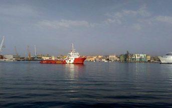 Migranti, 30 profughi in una struttura inagibile: è polemica a Messina
