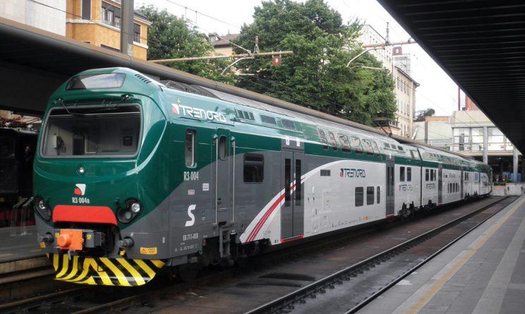 Dimesso dall'ospedale di Lodi controllore accoltellato su treno