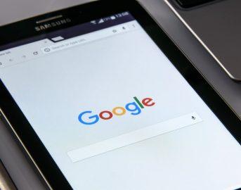 """Trovare lavoro online: Google presenta """"Hire"""", l'applicazione per la selezione del personale"""