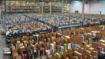 Amazon apre a Milano
