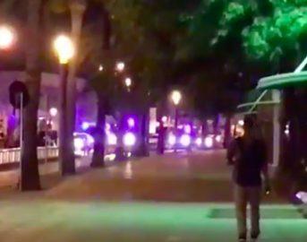Barcellona furgone sulla folla, si teme per un Italiano. Altro attacco nella notte a Cambrils, 4 terroristi uccisi