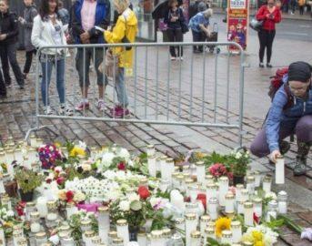 Finlandia, attentato Turku ultime news: altri 5 arresti nella notte, un'italiana ferita
