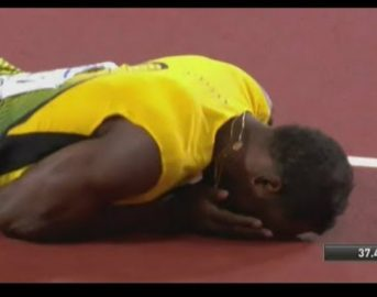 "Usain Bolt, ultima gara: l'addio vincente del ""fulmine"" jamaicano fermato dai crampi [VIDEO]"