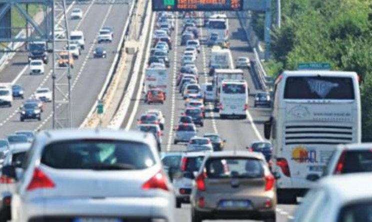 Traffico, weekend da bollino rosso: gli aggiornamenti dalla Liguria
