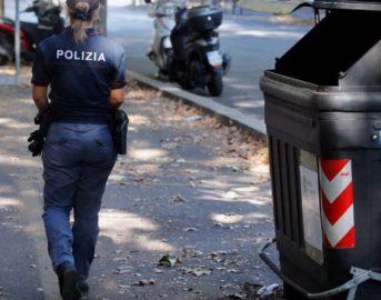 Donna fatta a pezzi e gettata in un cassonetto a Roma: confessa il fratello, uccisa per motivi economici