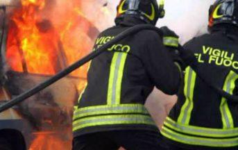 Napoli: donna si lancia dal terzo piano per sfuggire a incendio, morta