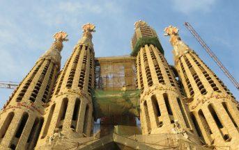 Strage Barcellona ultime notizie: i terroristi volevano far saltare in aria la Sagrada Familia