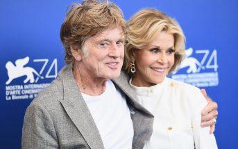 """Venezia 74, Robert Redford e Jane Fonda innamorati e felici: """"Da anziani fare l'amore è più bello"""""""