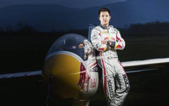 """Luca Bertossio Aliante acrobatico intervista esclusiva: """"Mi sento vivo solo quando sono in volo"""""""