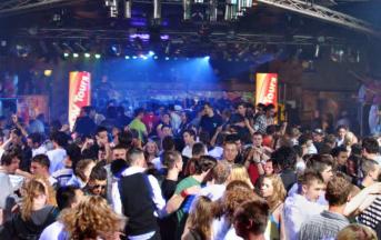 Napoli, rissa in discoteca: pestato a sangue il figlio di Francesco Schiavone, super-boss dei casalesi