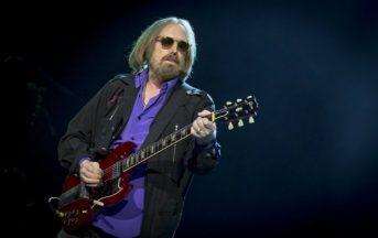 Tom Petty è morto: lutto nel mondo della musica, addio all'icona rock