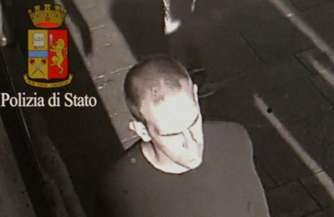 Ecco il sospettato autore violenza bambina condominio Milano