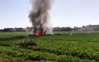 Spagna, aereo militare precipita dopo parata festa nazionale: morto il pilota