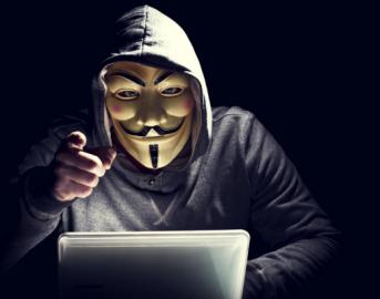 """Anonymous Italia ruba dati a Palazzo Chigi: """"Hacker attaccano istituzioni italiane ed europee"""" (FOTO)"""