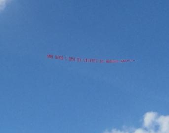 """GF Vip 2 Ignazio Moser riceve un aereo da Cecilia Rodriguez: """"Non vedo l'ora di viverti"""""""