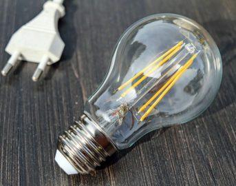 Bonus Luce e Gas 2018 requisiti, importo, come funziona e modulo domanda: guida completa (FOTO)
