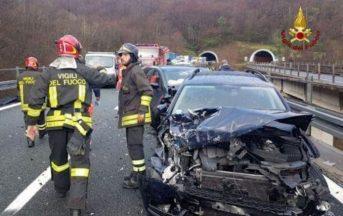 Liguria grandinata provoca maxi tamponamento: coinvolte dieci auto, venti i feriti