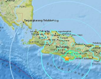 Terremoto in Indonesia a Giava, magnitudo 6.5: ci sono morti e feriti