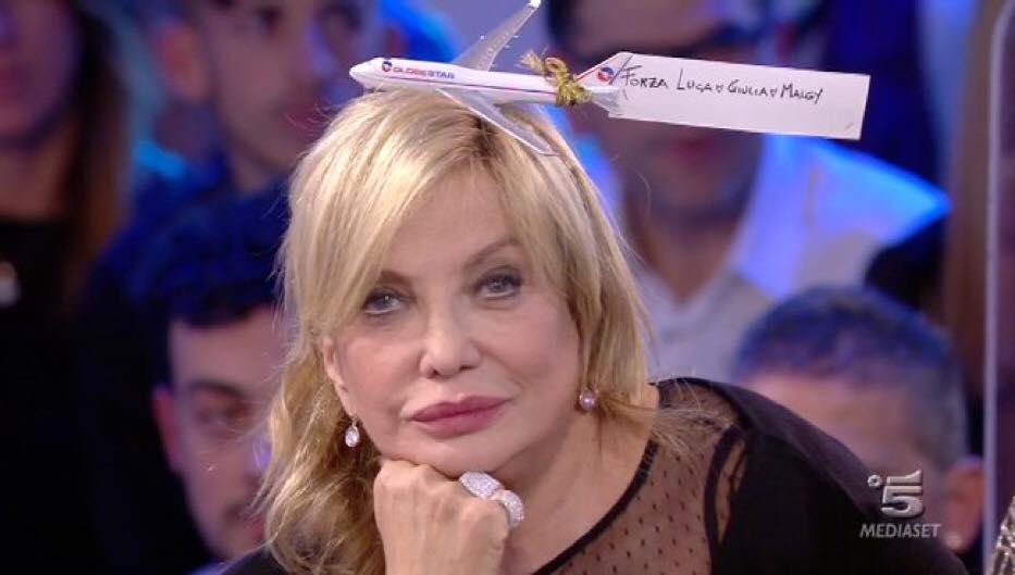 Simona izzo contro Cecilia Rodriguez