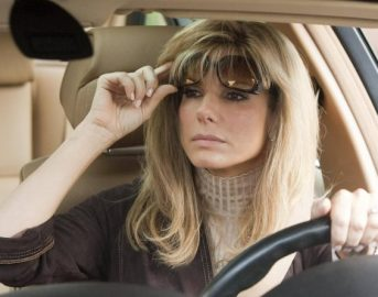 Programmi tv 12 dicembre 2017: La strada di casa, Coppa Italia Inter-Pordenone, The Blind Side, I.T. e Una moglie bellissima