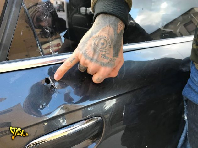 Spari su auto di Striscia La Notizia
