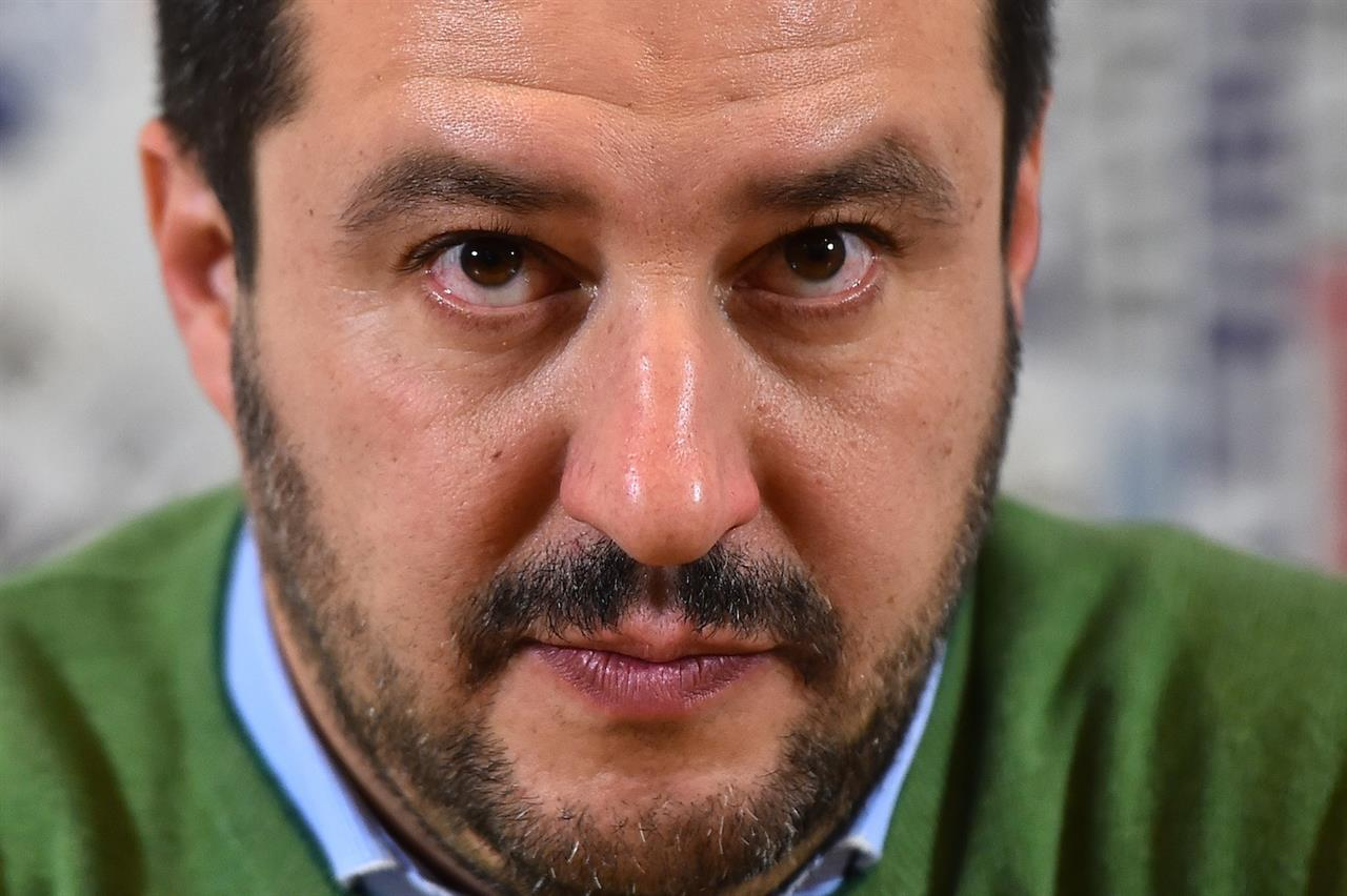 salvini - photo #32