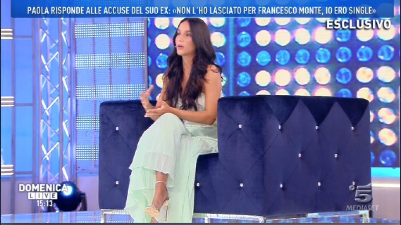 Paola Di Benedetto da Barbara d'Urso