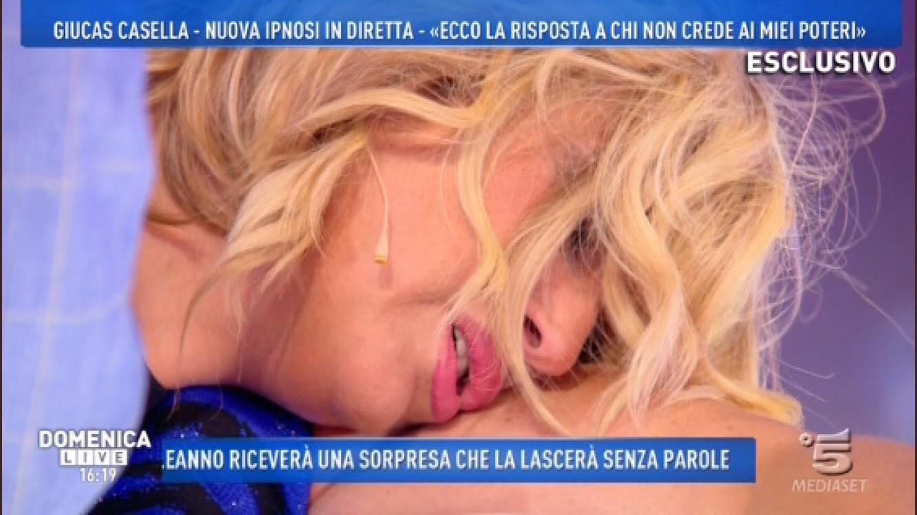 Domenica Live Nadia Rinaldi