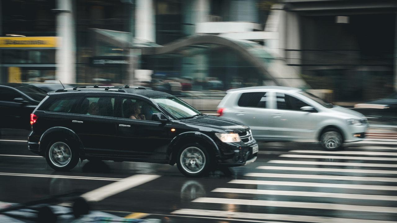 traffico di auto in città