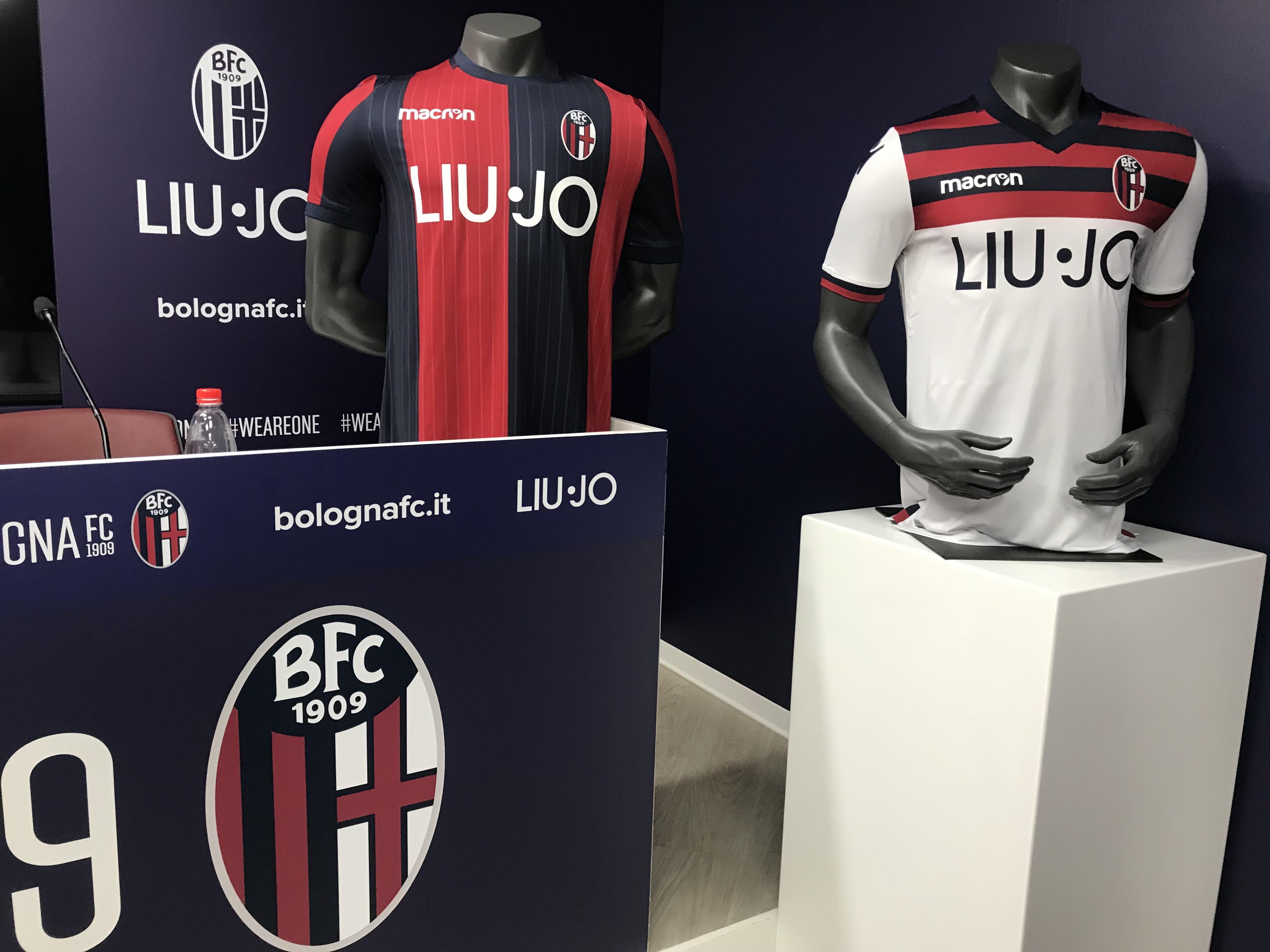 Bologna calcio, ecco le nuove maglie per la Serie A 2018