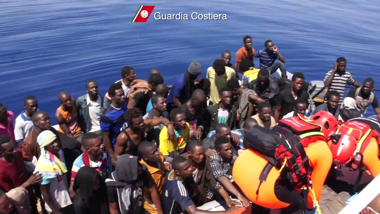 sbarchi migranti sos guardia costiera
