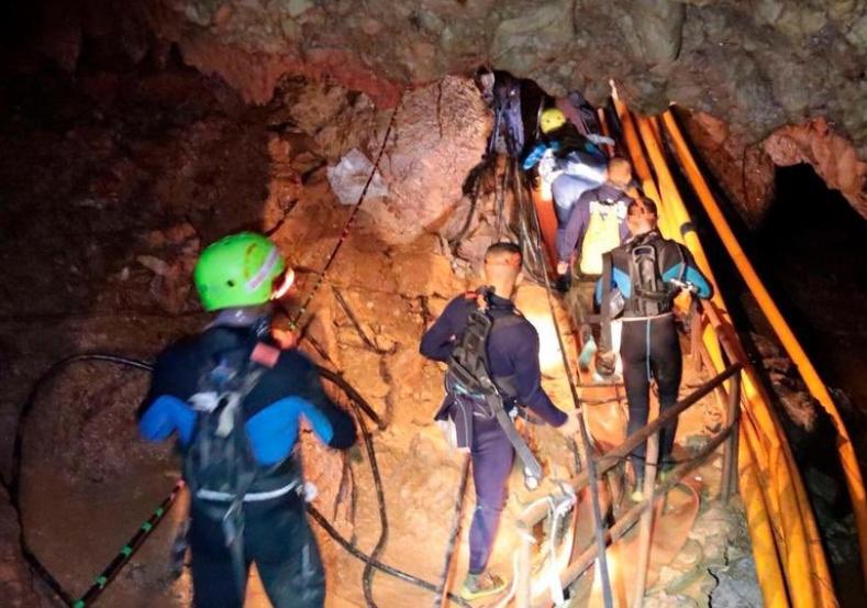 Thailandia: sono riprese operazioni recupero da grotta Tham Luang