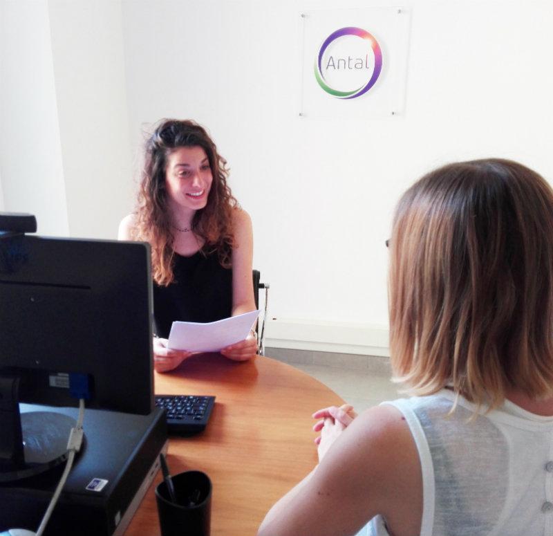 Lavoro in Italia: 60 offerte di lavoro nel settore chimico farmaceutico