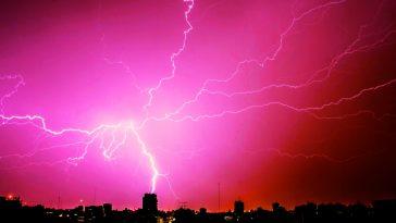 Meteo prossime ore: caldo intenso al Sud, temporali con grandine al Nord