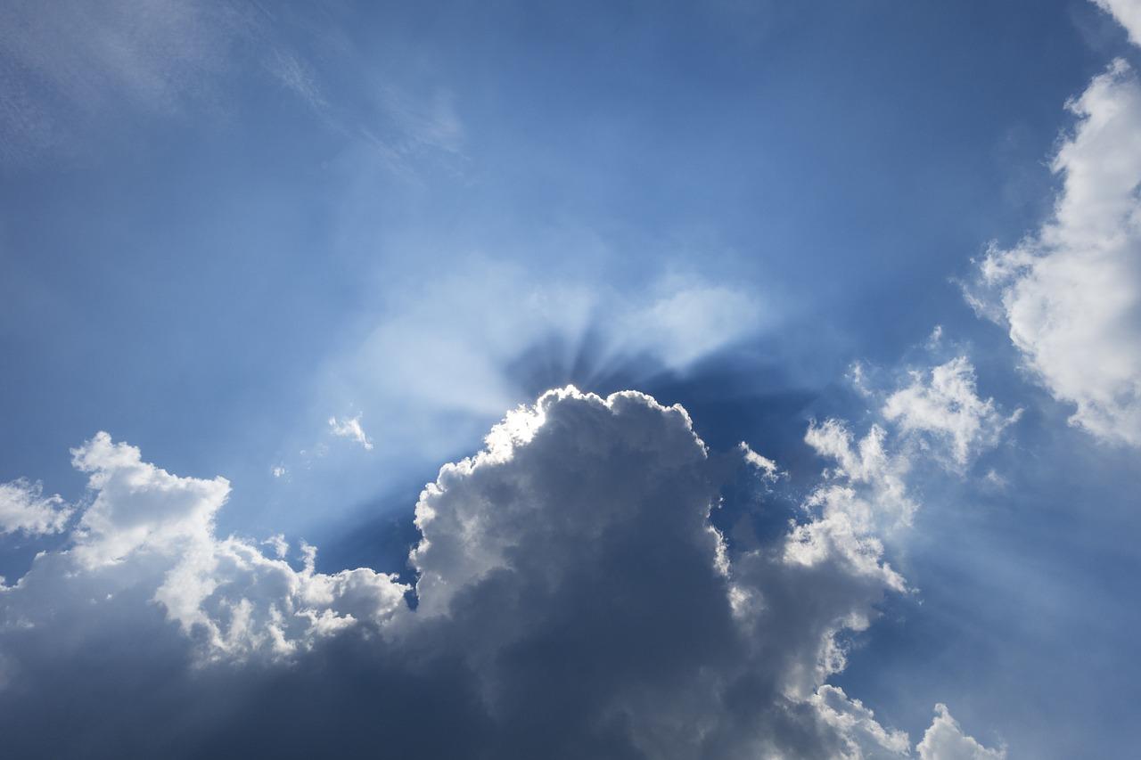 Meteo domani e prossimi giorni: caldo e temporali da Nord a Sud