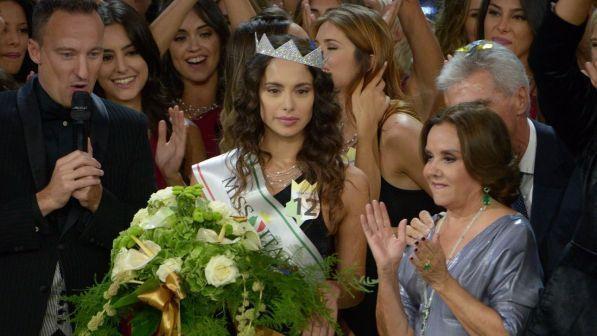 Miss italia Carlotta Maggiorna squalificata?