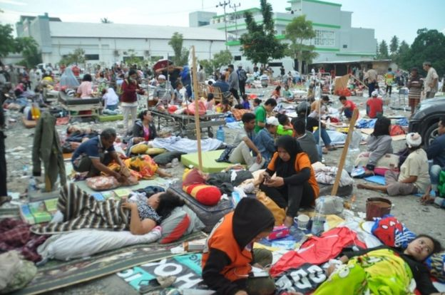 terremoto tsunami indonesia ultime news