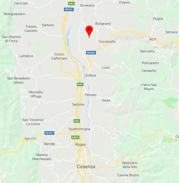 Trema Cosenza, scossa di terremoto nel primo pomeriggio: gente in strada